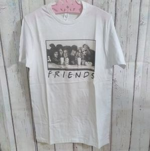 """FRIENDS"" Scary Tshirt"